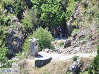 Vikos kloof vanuit Vikos foto 6 - Zagori Epirus - Foto van De Griekse Gids